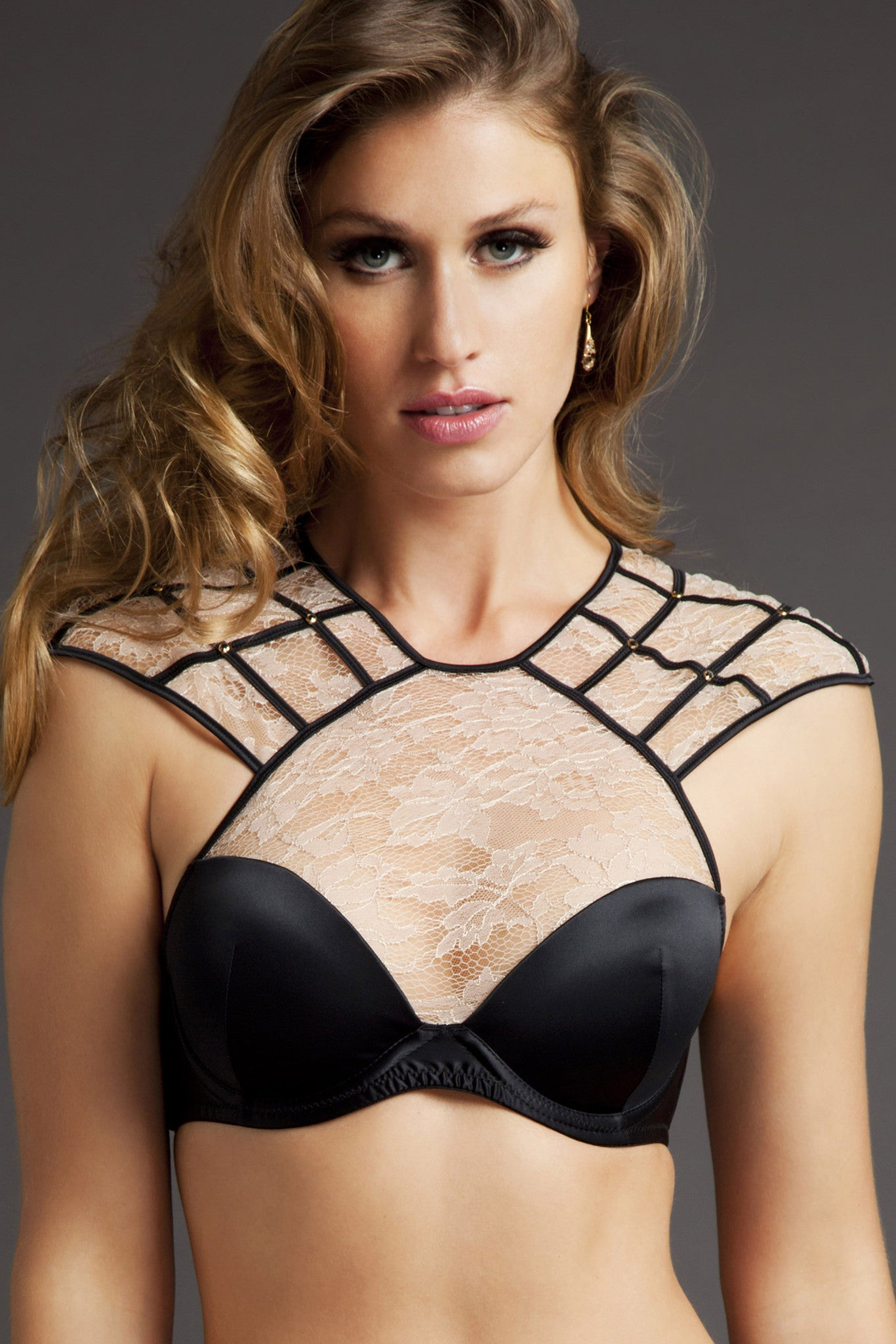 Tatu Couture Xena Bra in Blush on model