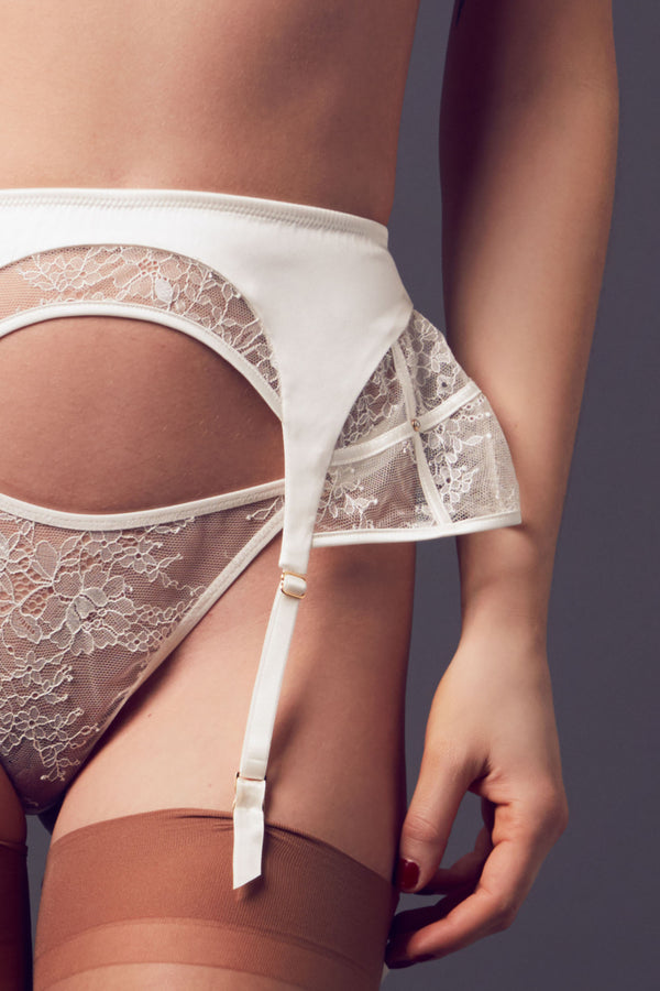 Close up of the Xena Ivory suspender | Luxury Bridal lingerie