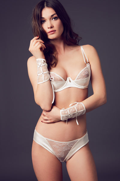 Xena Brief in ivory stretch satin and chantilly lace