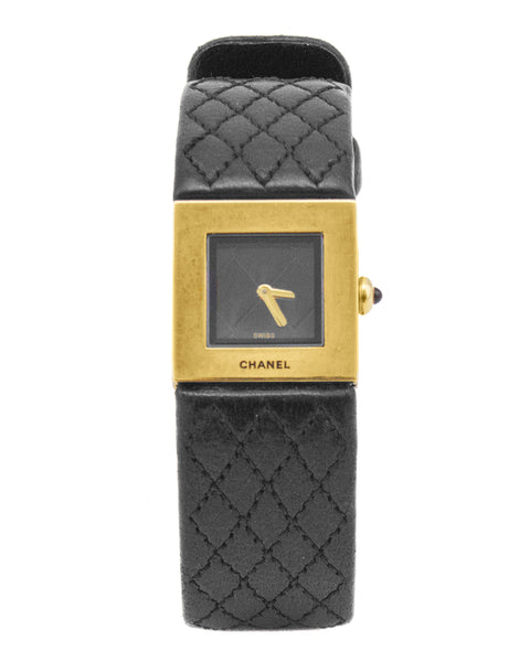 Matelassé 18 Karat Yellow Gold and Black Leather Quartz Wrist Watch