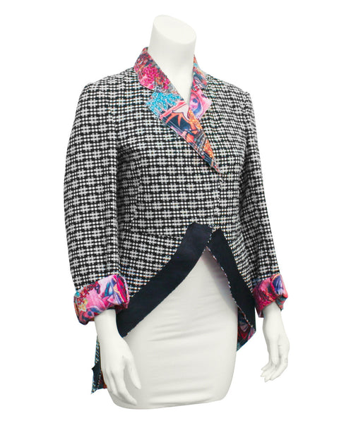 Black & white jacket with contrasting collar & cuffs