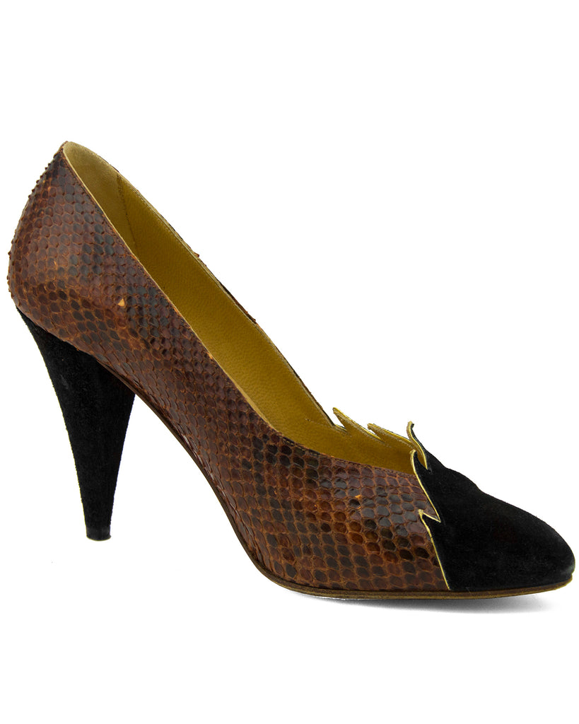 Suede and snakeskin pumps