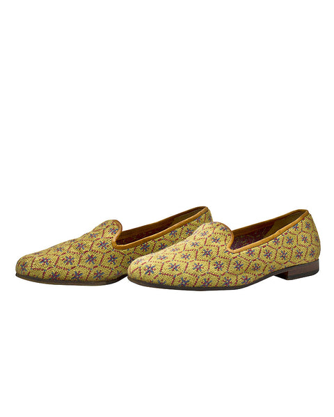 Honeycomb Pattern Needlepoint Slippers