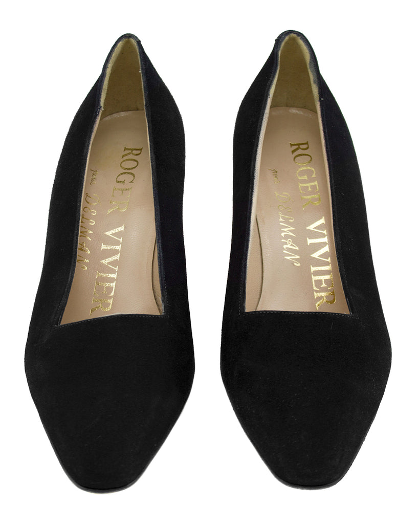Black Evening Shoe With Gold Metal Apostrophe Heels