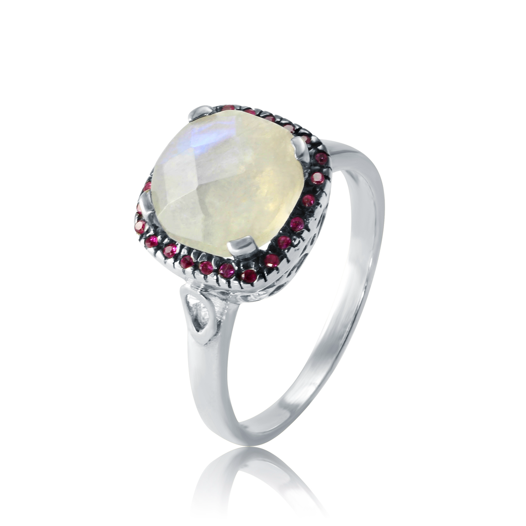 I stand out two tone ring/ Moonstone-I am truthful