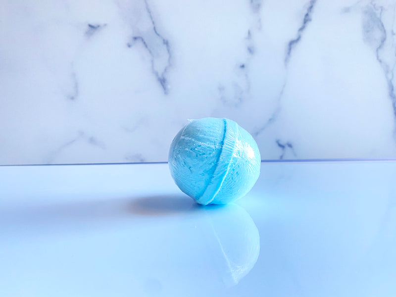 Snowball Bath Bomb - Hummingbird Blends