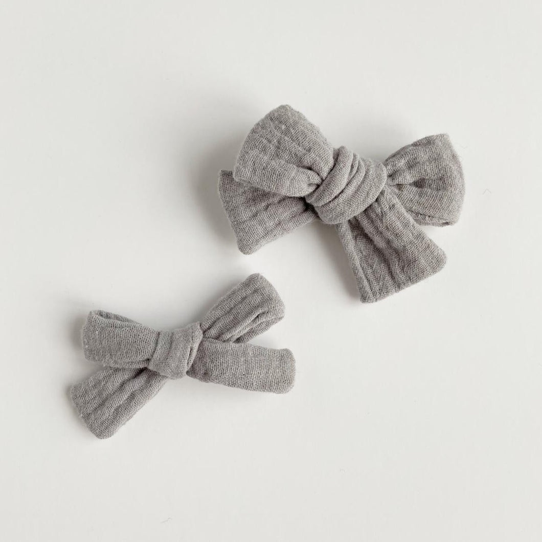 Grey Double Gauze Hand Tied Cotton Hair Bow