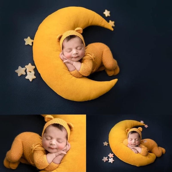 Baby Hat Posing Beans Moon Pillow