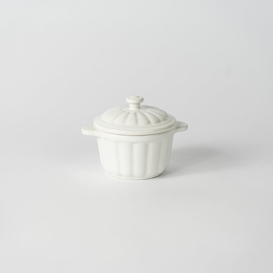 Farmers 10 Round Bowl with Lid