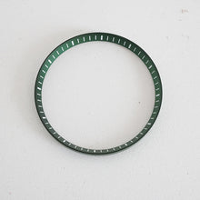 Load image into Gallery viewer, Green Chapter Ring for SKX