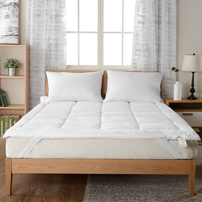 Down Alternative Mattress Topper/Fiber Bed