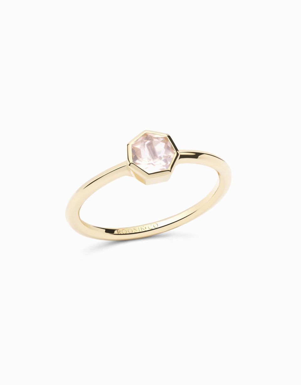 Gold ring with natural gemstone, heptagonal cut rose quartz, exclusive at Roosik&Co, handmade and desing by Jordi Rosich