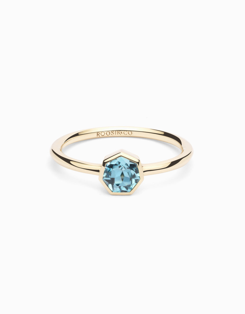 Gold ring with natural gemstone, heptagonal cut topaz, exclusive at Roosik&Co, handmade and desing by Jordi Rosich