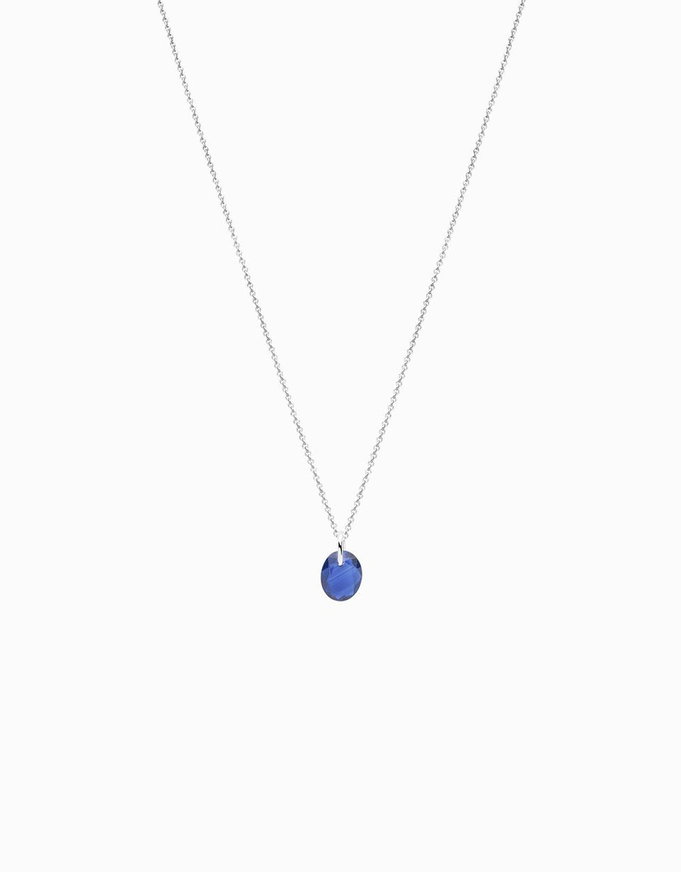 Blue sapphire necklace, original jewel with precious stone and in white gold