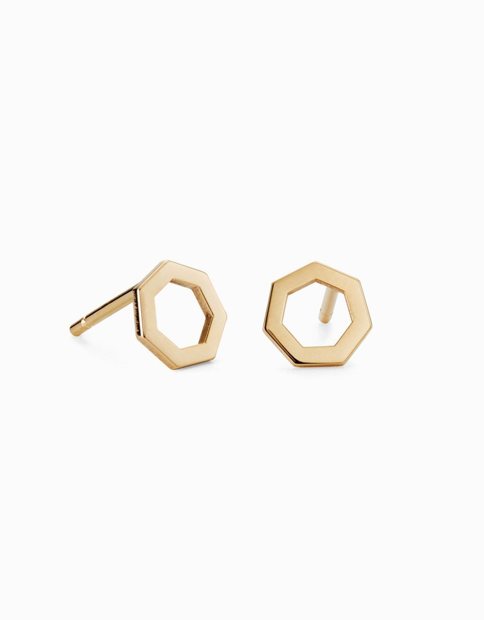 Gold earrings with geometric design