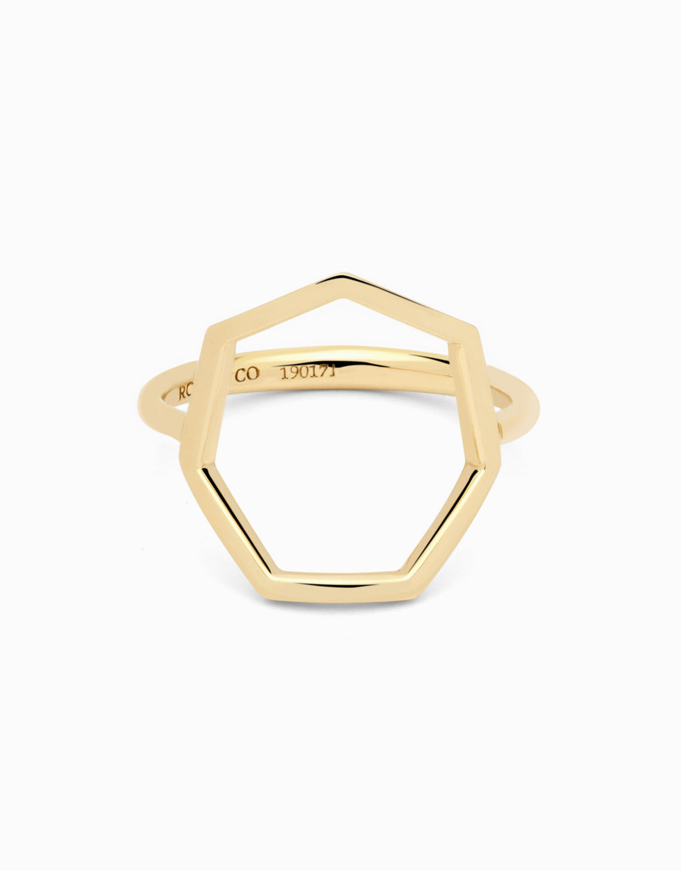 7 sides ring in yellow gold and heptagonal shape by Roosik
