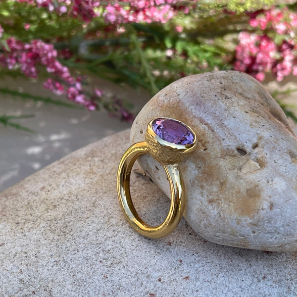 Behrianna Cocktail Ring - 10mm Amethyst - Gold