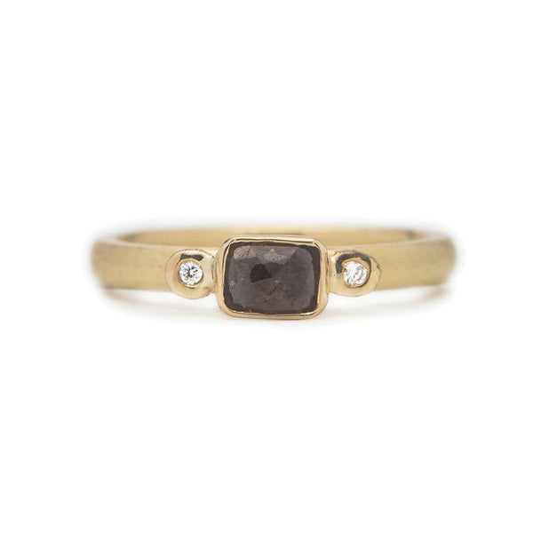 Tulia Ring - 18ct Gold