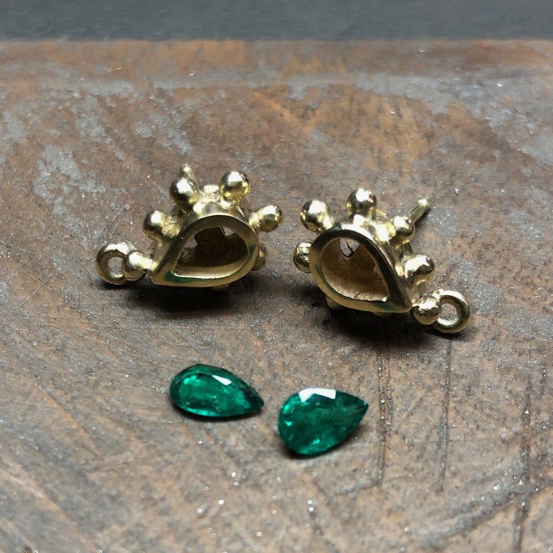 Gaea Earrings - Emeralds - Simonetta's Jewels Reimagined