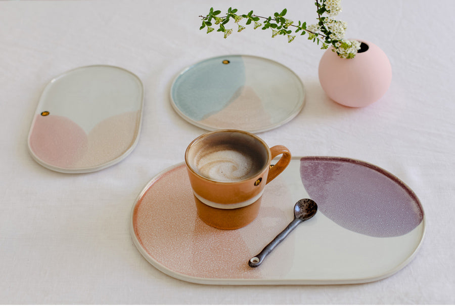 Gallery Side Plate oval- pink/nude