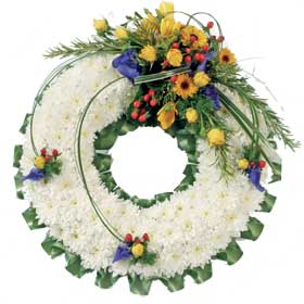 Based White Wreath