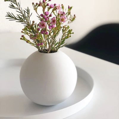 Nordic Morandi Vase Ins Light Luxury Round Ceramic Living Room Table Decoration Ornaments Small Flower Ornament Living Room