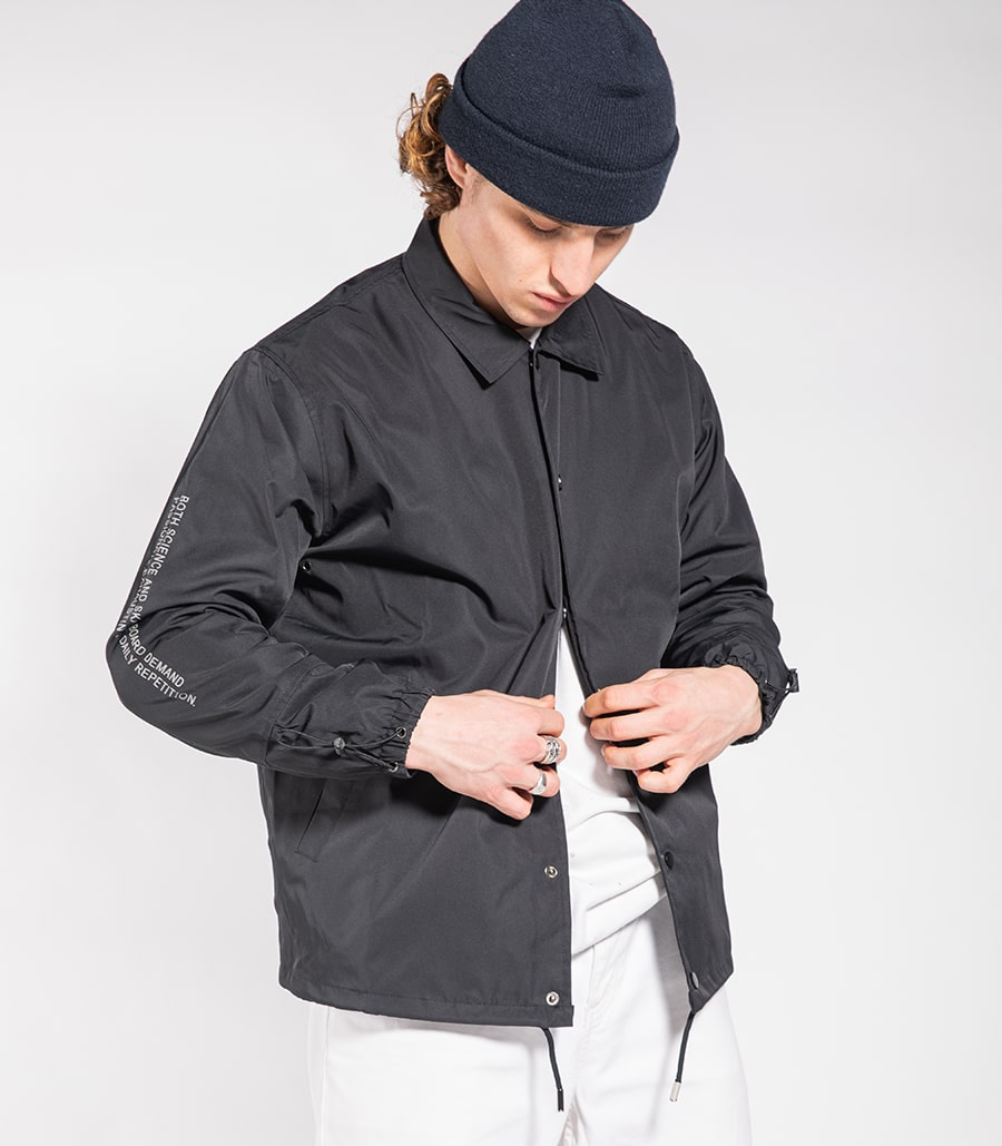 Windbreaker - techwear
