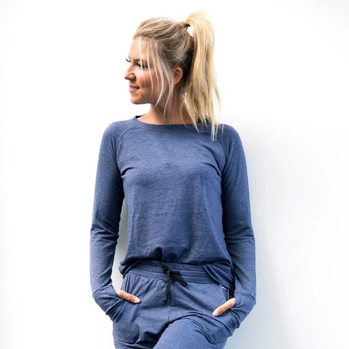 The Weekender Navy Thumbhole Top. This top features easy-move raglan sleeves, a classic boatneck cut and mug-ready thumbholes.