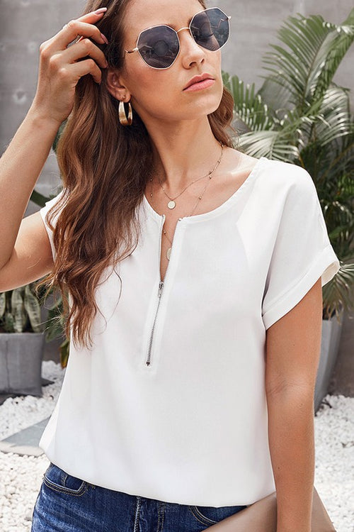 WHITE SHORT SLEEVE ROUND NECK FRONT ZIP UP T SHIRT