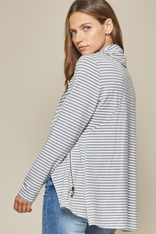 This cute jacket is crafted from all over stripe pattern where the piece zips asymmetrically, keeping you comfy and relaxed!