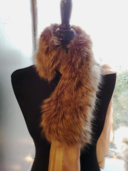 beige faux fur collar scarf on manican