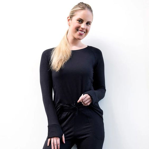 The Weekender Black Thumbhole Top This top features easy-move raglan sleeves, a classic boatneck cut and mug-ready thumbholes.