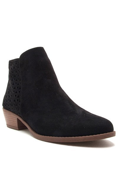 Latice Booties - Black - size 6