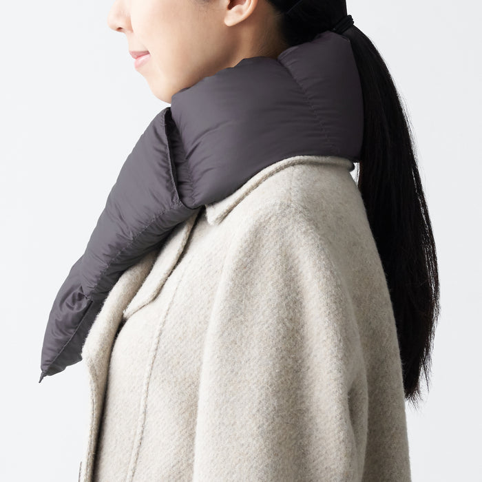LIGHT WEIGHT AUS DOWN POCKETABLE SCARF