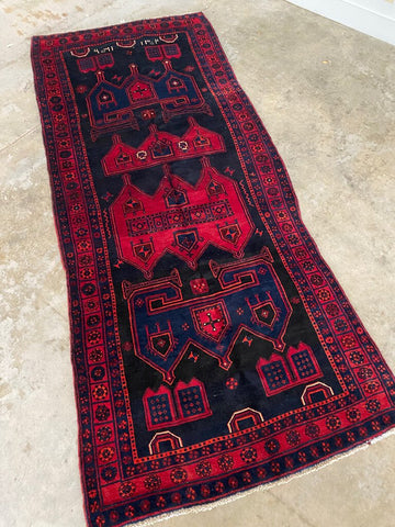 4'5 x 10'4 Geometric Tribal Wool Rug