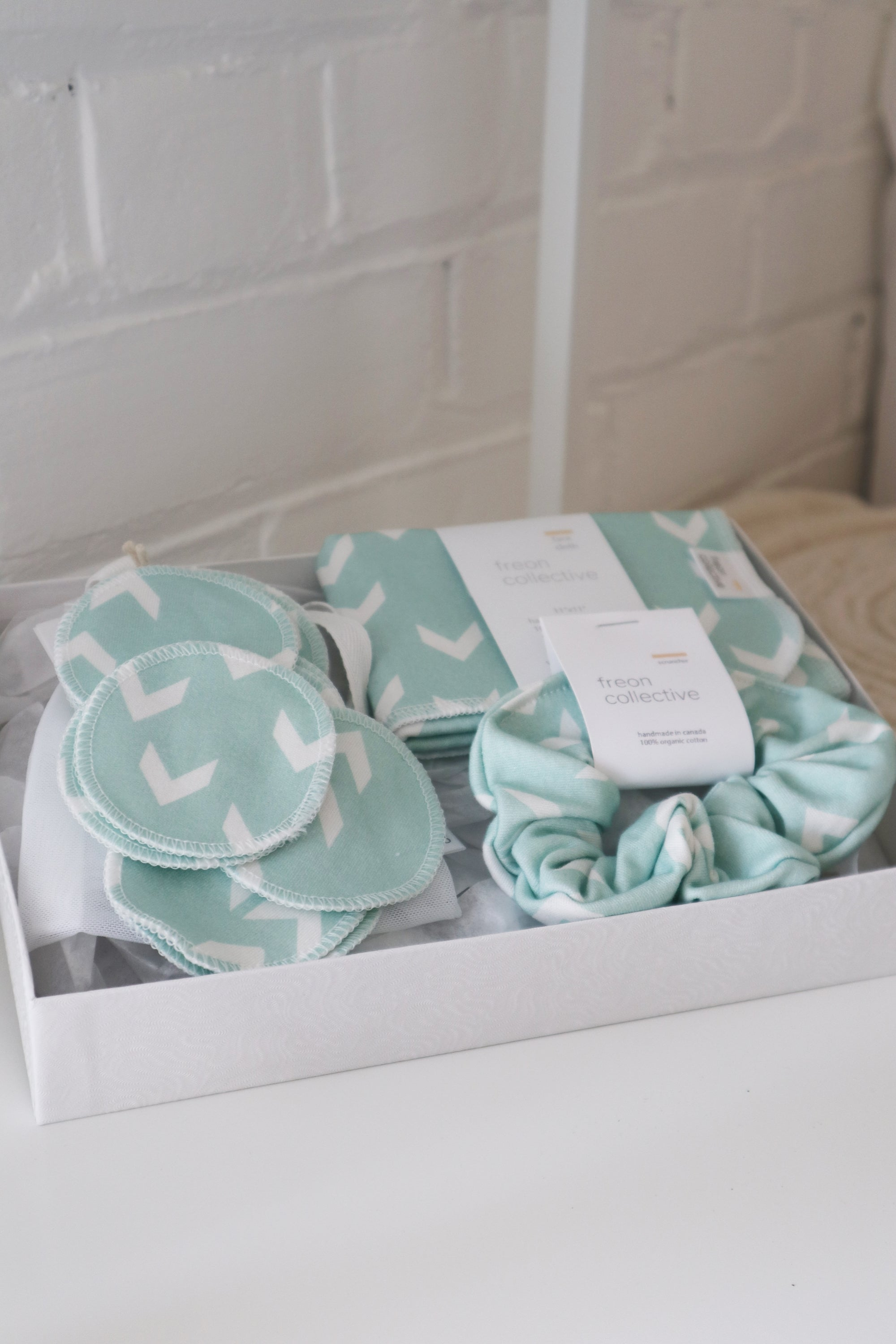 Sky Chevron Gift Set