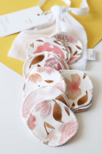 Load image into Gallery viewer, Juliet Florals Cotton Rounds