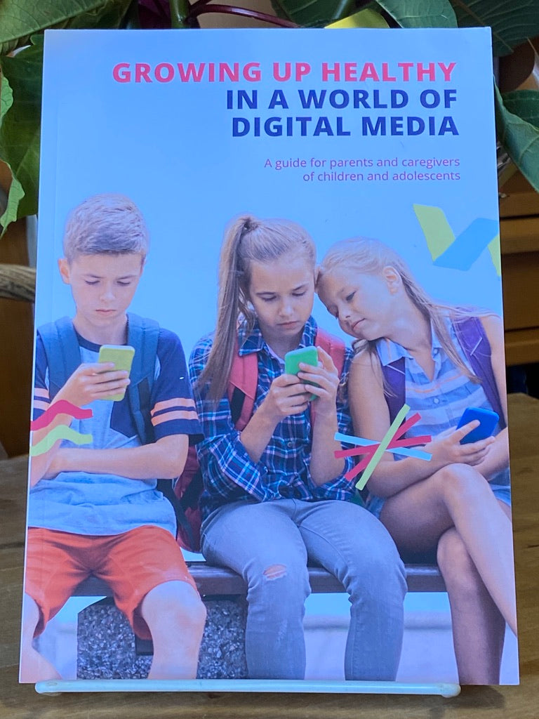 Books - Growing Up Healthy in a World of Digital Media