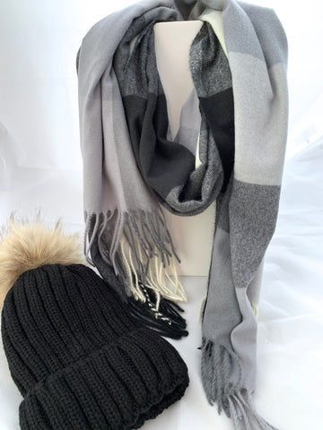 Color Block Scarf and Hat Set