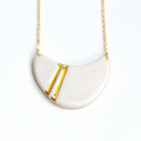 White Striped Wave Necklace