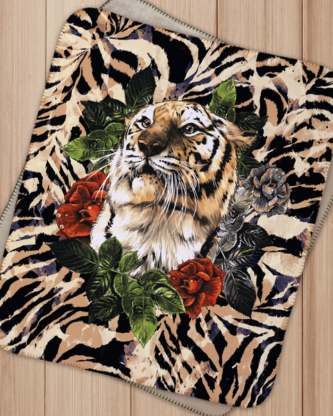 "Wreathed Tiger Sherpa Blanket  (SIZE 30""X 40"")"