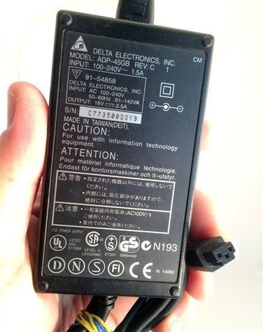 AC DC OEM Power Adapter Delta ADP-45GB REV: E2 19V 19Vdc 2400mA 2.4A 5.5mm Plug