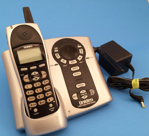 Uniden DCT 5280 2.4 GHz Cordless Phone System w/Answering Machine