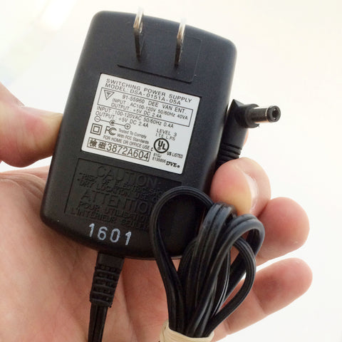DSA-0151A-05A +5V DC 2.4A 5V Power Supply Adapter Charger