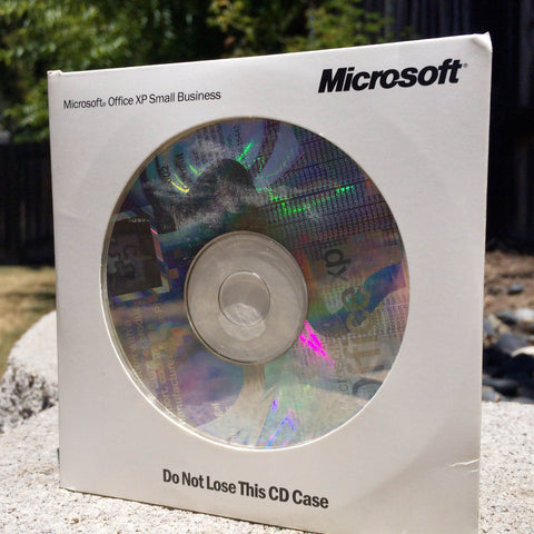 Microsoft Office XP SBE Small Business Edition Word Excel Publisher Outlook 2002