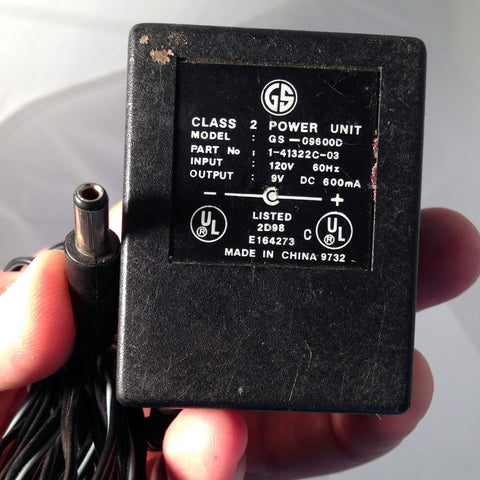 GS-09600D 1-41322C-03 9V DC 600mA Power Supply Adapter