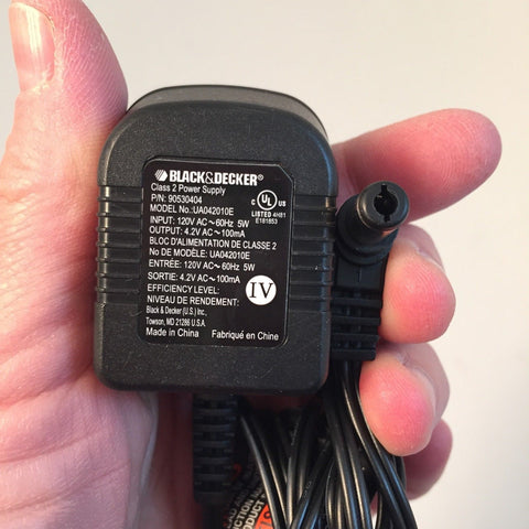 Black & Decker UA042010E 4.2V 100mA AC Power Supply Adapter