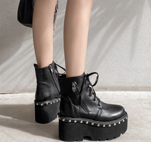 Load image into Gallery viewer, Skull Goth Boots