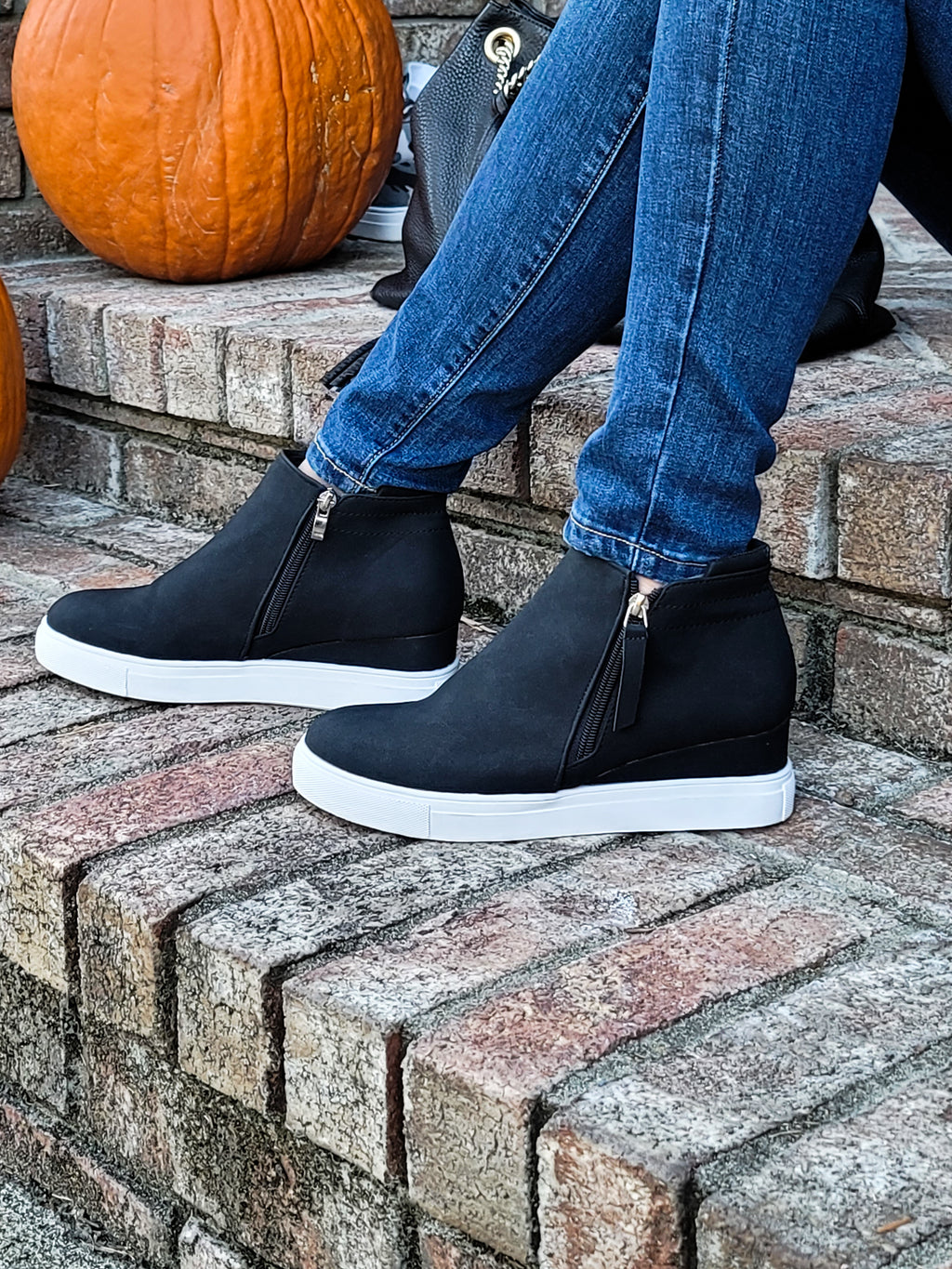 Come As You Are Black Platform Shoes