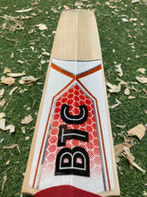 Load image into Gallery viewer, BTC Wales Harrow Players Edition Bat 2